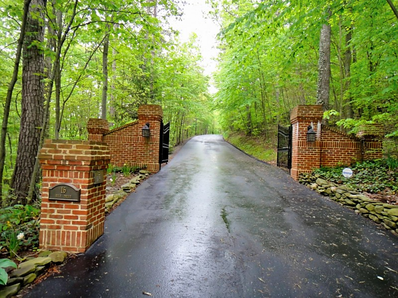 47 Acres & Custom Brick Home